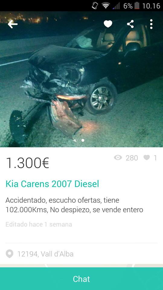 Kia carens accidentado